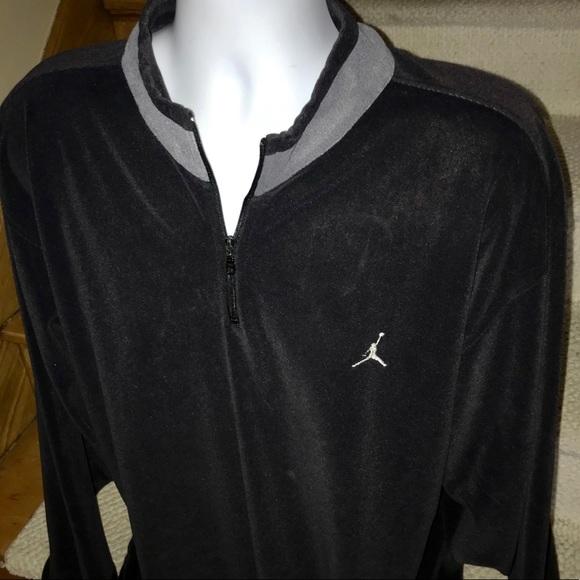 buy online 39336 31a63 Jordan Other - Nike  Air Jordan  lightweight velour pullover - XL